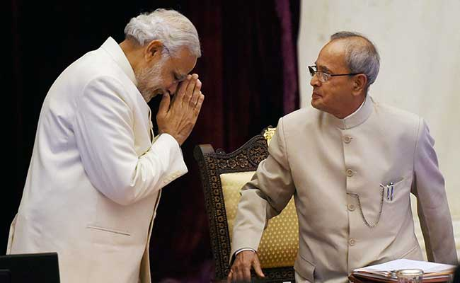 Prime Minister Modi (left) and President Pranab Mukherjee (right). Credit: PTI