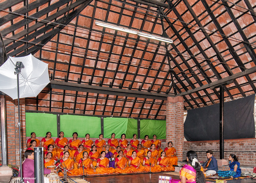 Carnatic musician Seetha Rajan and her students sing a tribute to Subramania Bharatiar at the Chandra Mandapa the day before cyclone Vardah destroyed the intricately hand-crafted roof. Credit: Chitra Padmanabhan