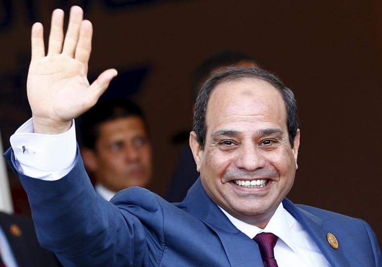 Egyptian President Abdel Fattah al-Sisi waves as he arrives to the opening ceremony of the New Suez Canal, in Egypt August 6, 2015. Credit: Reuters