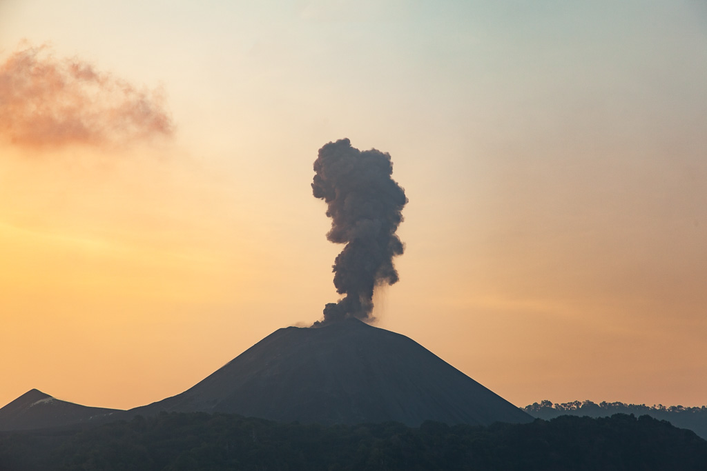 Barren island volcano. Credit: Wikimedia Commons