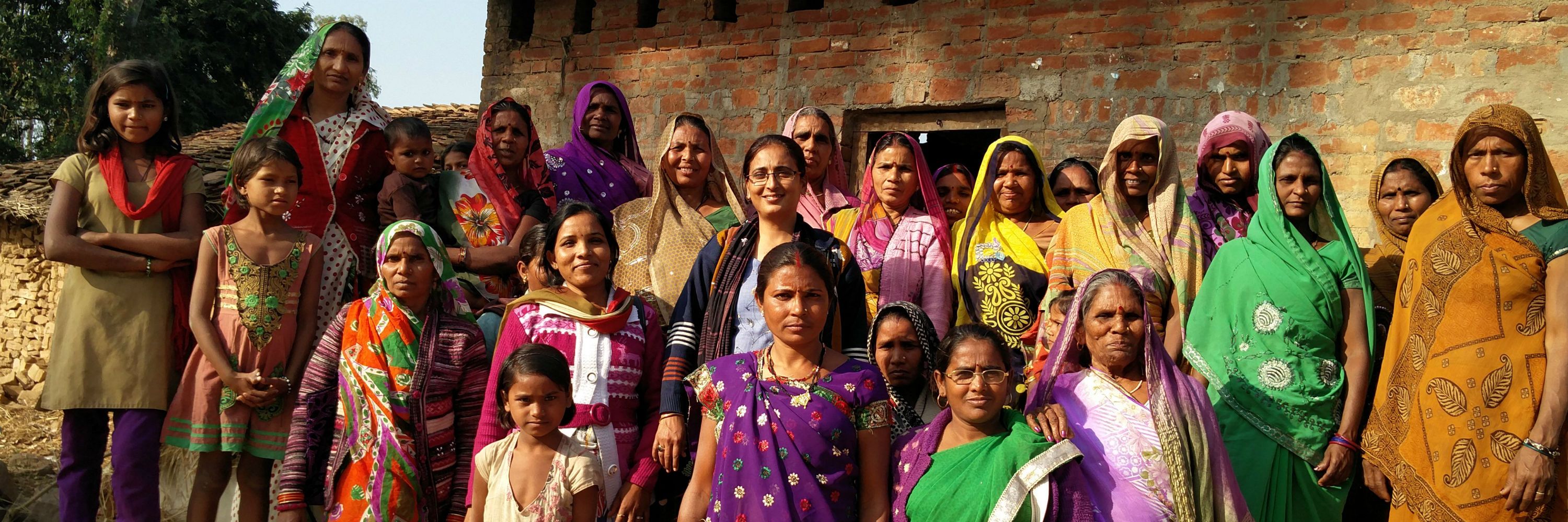 Members of the Dalit Mahila Samiti. Credit: Neha Dixit