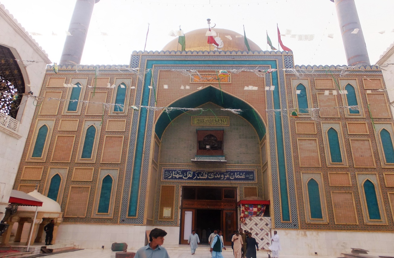 The Lal Shahbaz Qalandar shrine after suicide attack. Credit: Veengas
