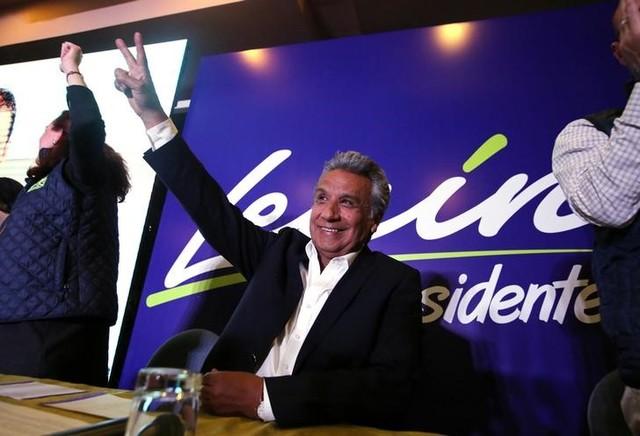 Ecuador Election Veering Toward Runoff Between Leftist, Ex-Banker