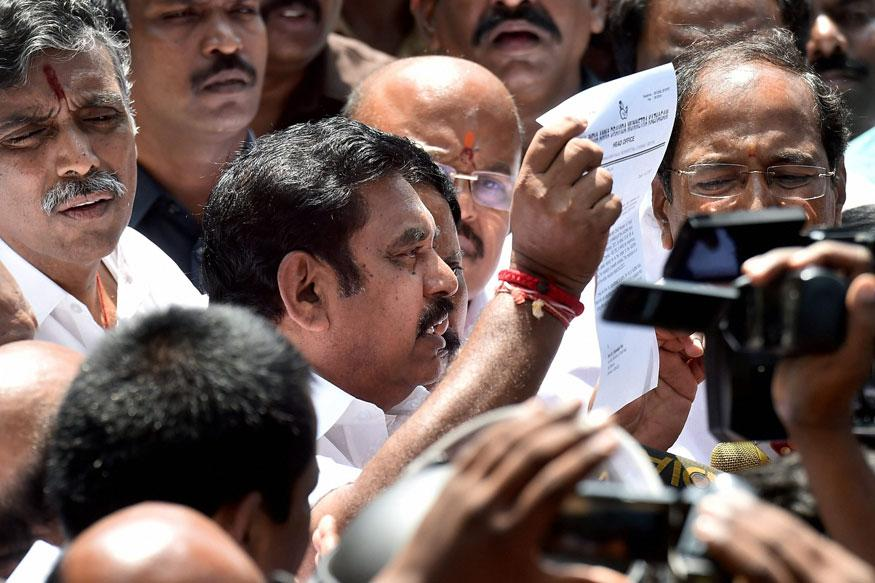 Palaniswami Gets Vote of Confidence in Tamil Nadu With 122 Votes