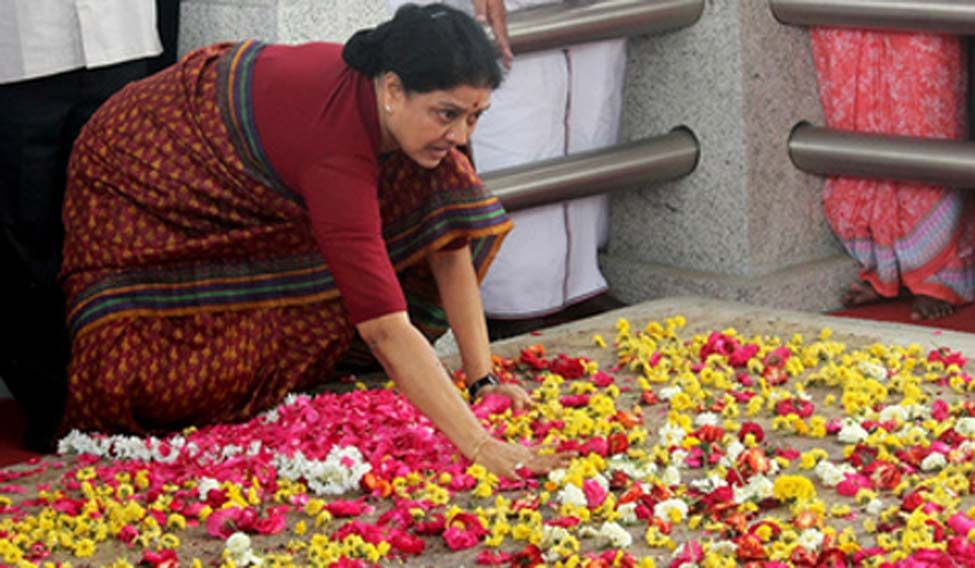 V.K. Sasikala pays homage at Jayalalithaa's memorial in Chennai. Credit: Reuters
