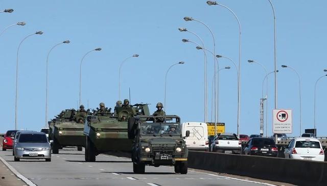 Brazilian Police Strike Spurs Anarchy, Over 100 Dead