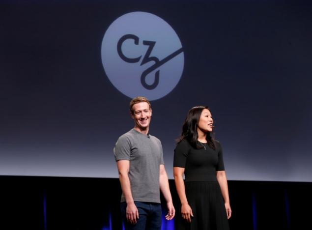 "REFILE - CORRECTING TYPOPriscilla Chan (R) and her husband Mark Zuckerberg announce the Chan Zuckerberg Initiative to ""cure, prevent or manage all disease"" by the end of the century during a news conference at UCSF Mission Bay in San Francisco, California, U.S. September 21, 2016. REUTERS/Beck Diefenbach"