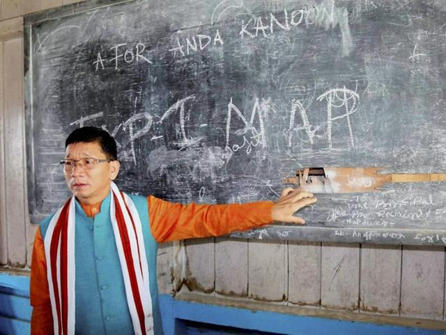 Kalikho Pul as Arunachal Pradesh chief minister conducting a surprise inspection at a school. Credit: PTI