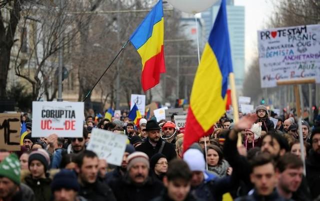 Mass Protests Force Romania to Scrap Decree Decriminalising Graft Offences