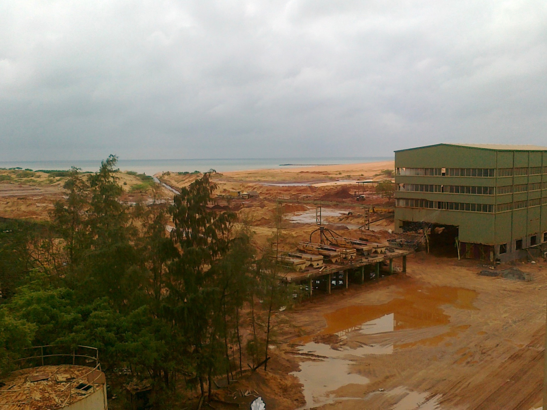File photo of a beach sand minerals processing unit in Tirunelveli district. Credit: Special Arrangement