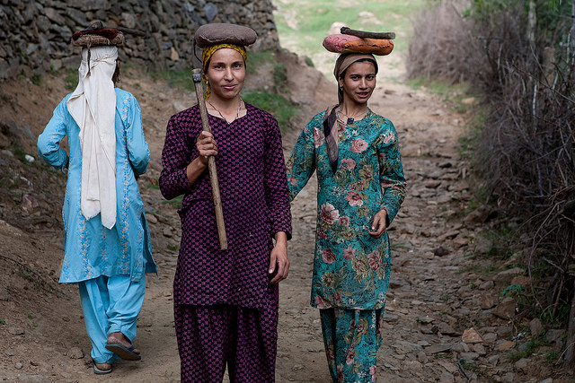 Rural women: a driving force against hunger, malnutrition and poverty. Credit: Sandeepa Chetan/Flickr