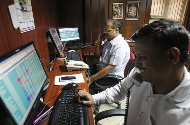 Sensex Rises on Hopes of BJP Win in UP