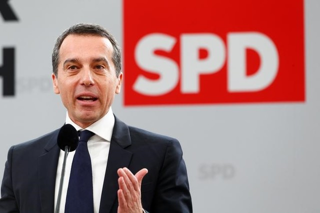 Austrian Chancellor Christian Kern speaks during the traditional Social Democratic Party (SPD) Ash Wednesday meeting in Vilshofen, Germany, March 1, 2017. Credit: Michaela Rehle/Reuters