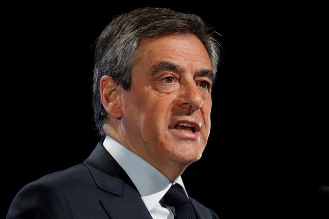 Francois Fillon, former French Prime Minister, member of the Republicans political party and 2017 presidential election candidate of the French centre-right delivers a speech at a campaign rally in Aubervilliers, Paris suburb, March 4, 2017. Credit: Philippe Wojazer/Reuters