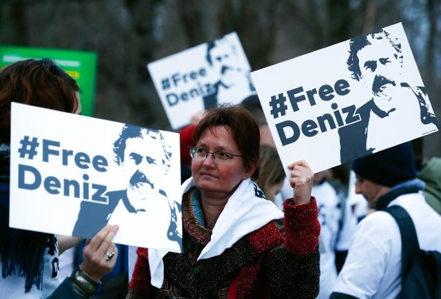 Arrested Journalist Says Conditions in Turkish Prison Better