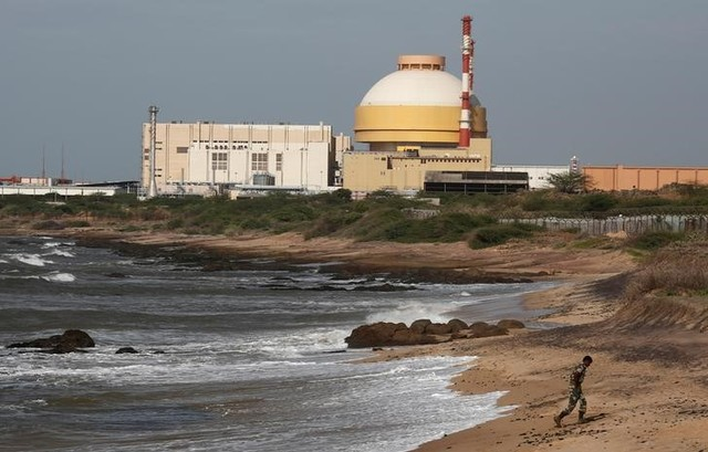A policeman walks on a beach near Kudankulam nuclear power project in Tamil Nadu, September 13, 2012. Credit: Reuters/Adnan Abidi/File photo