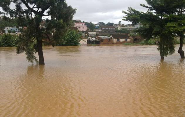 Tropical Storm Enawo hits Madagascar. Credit: TVMADA via Twitter