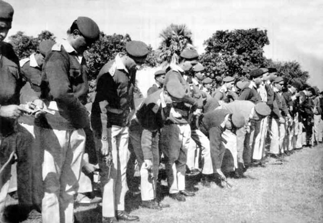 Pakistani soldiers surrender in Bangladesh n 1971. Credit: bdnews24.com