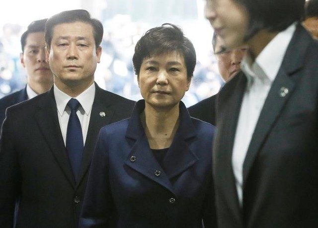 Ousted South Korean President Park Geun-hye arrives for questioning on her arrest warrant at the Seoul central district court in Seoul, South Korea, Thursday, March 30, 2017. Credit: Reuters