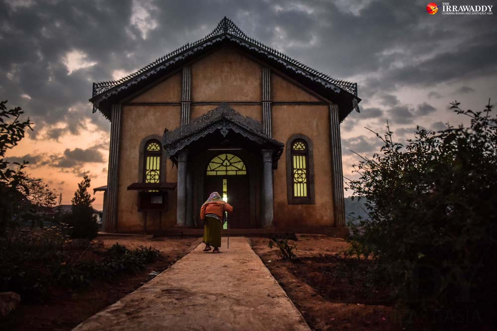 Every morning at 6am, patients—many of whom are quite frail—say prayers at the center's chapel. Credit: Pyay Kyaw/The Irrawaddy