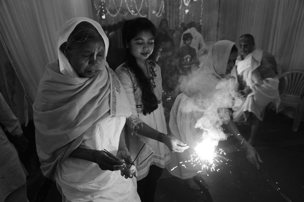 Widows at Vrinvan ashram - Glimpses of their daily life. By Shome Basu 20130202_0094