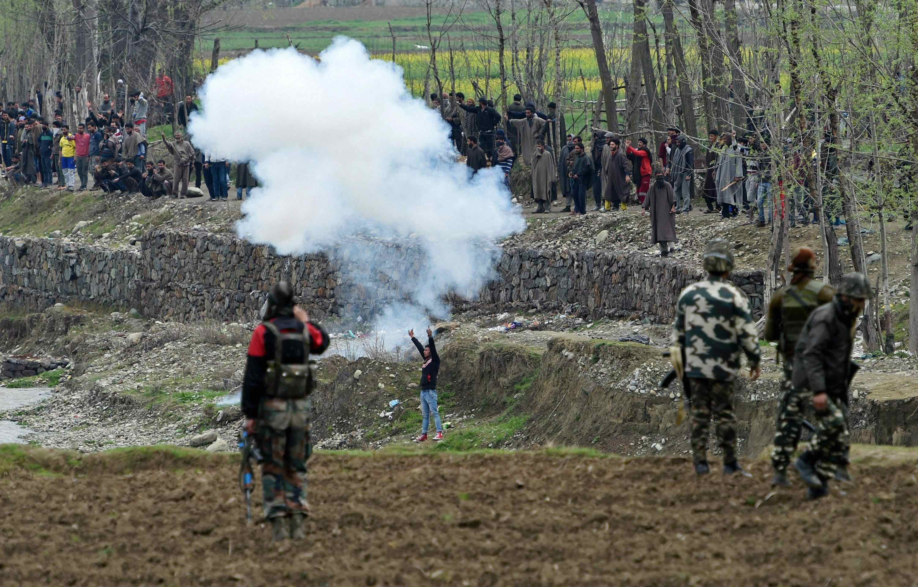 Heading for a Catastrophe in Kashmir