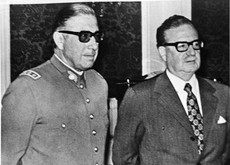 Chilean president Salvador Allende, right, with General Augustin Pinochet. Credit: Reuters