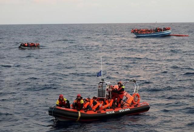 Nearly 150 Migrants Feared Dead After Boat Sinks