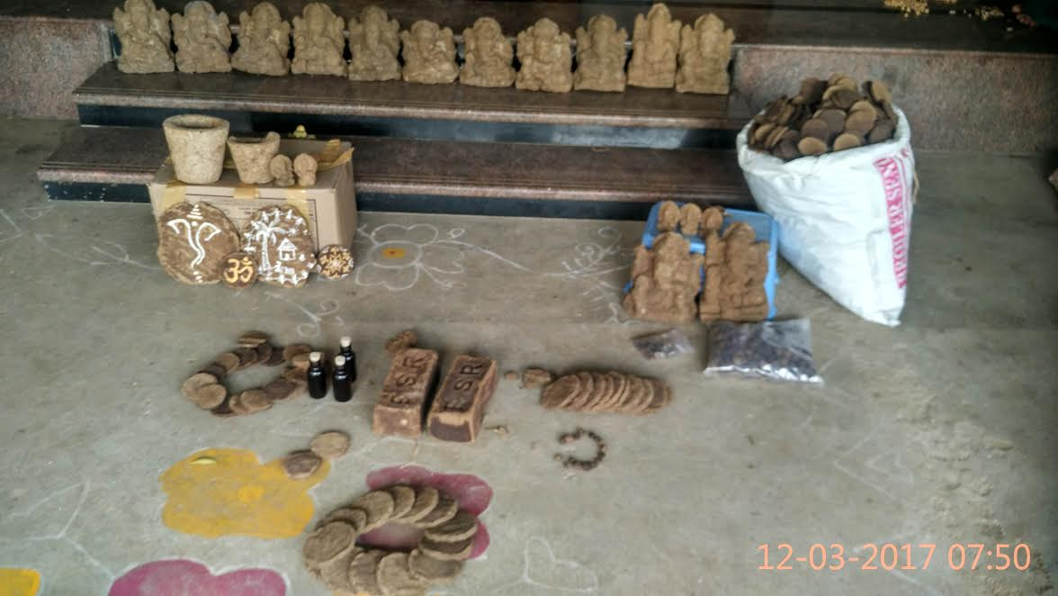 Products made from cow dung. Credit: M.J. Prabu