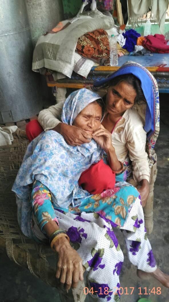 Anguri Begum (L). Credit: Farah Naqvi