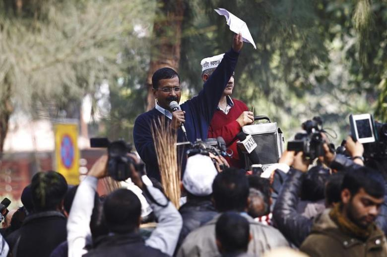 Delhi's chief minister Arvind Kejriwal (C), leader of the Aam Aadmi (Common Man) Party (AAP), addresses his supporters during a protest in New Delhi January 20, 2014. Credit: Reuters/Anindito Mukherjee