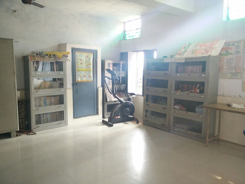 The library at Government High School, Jatheri. Courtesy: Deepanshu Mohan