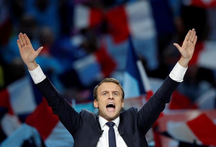 Emmanuel Macron, head of the political movement En Marche !, or Onwards !, and candidate for the 2017 French presidential election, attends a campaign political rally in Paris, France, April 17, 2017. Credit: Reuters/Christian Hartmann/Files