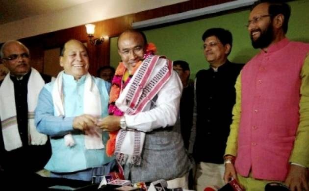 Senior Manipur Minister quits, CM in Delhi