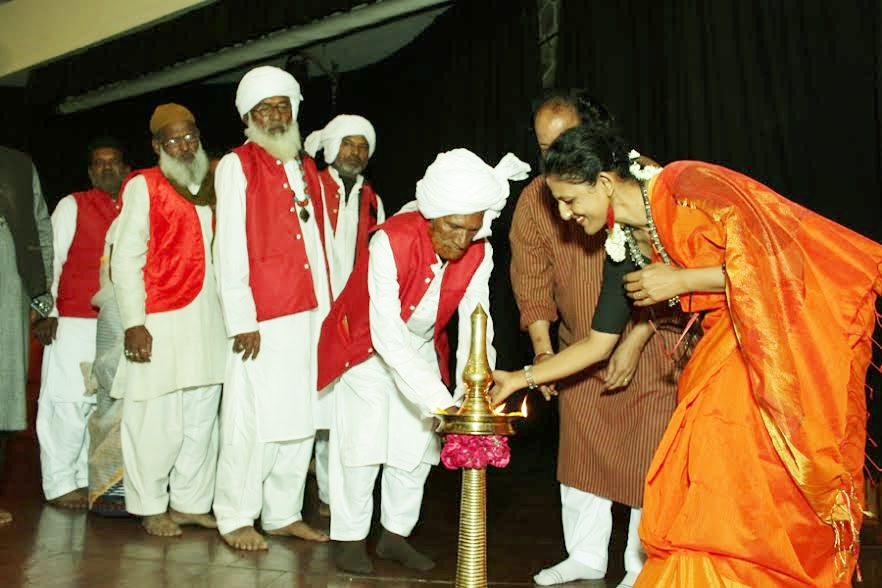 A group of magicians inaugurating the event in New Delhi with Navina Jafa of Centre for New Perspectives. Credit: Special arrangement