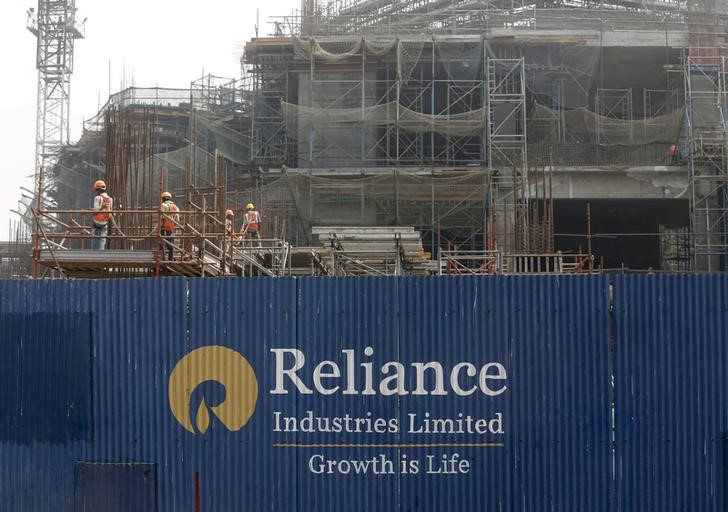 Reliance Raises Jio Investment Above $30 Billion After Record Year