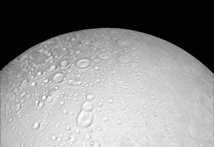 NASA Finds More Signs Saturn's Icy Moon Can Support Life