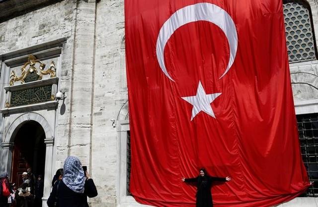 EU Lawmakers Call for Halting Turkey Membership Talks