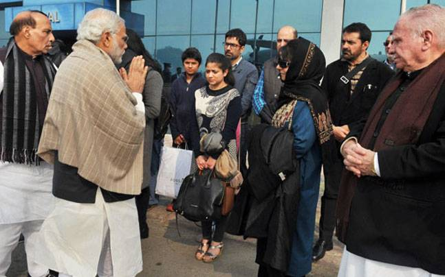 Talks Only Way to Contain Situation in J&K: Mehbooba Tells Modi