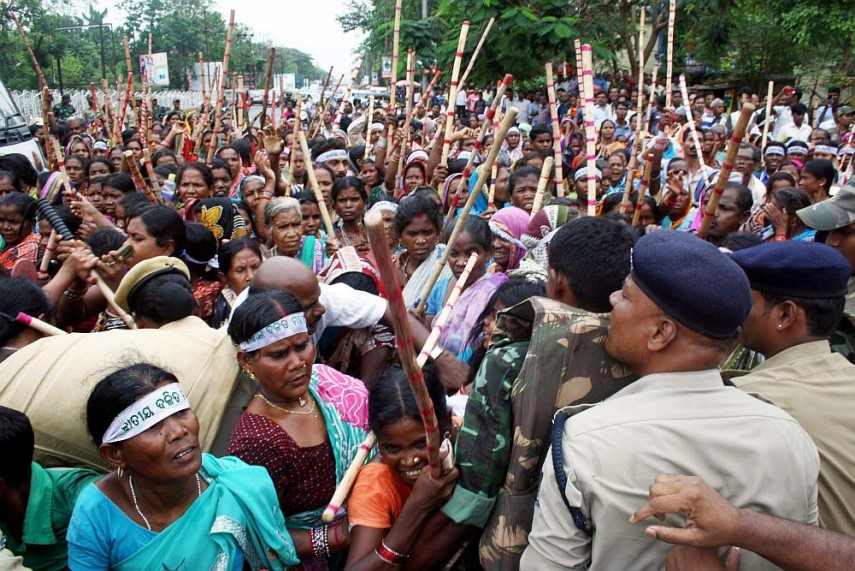 Adivasis protesting in Bhubaneshwar against land acquisition for Bauxit mining. Credit: PTI/Files