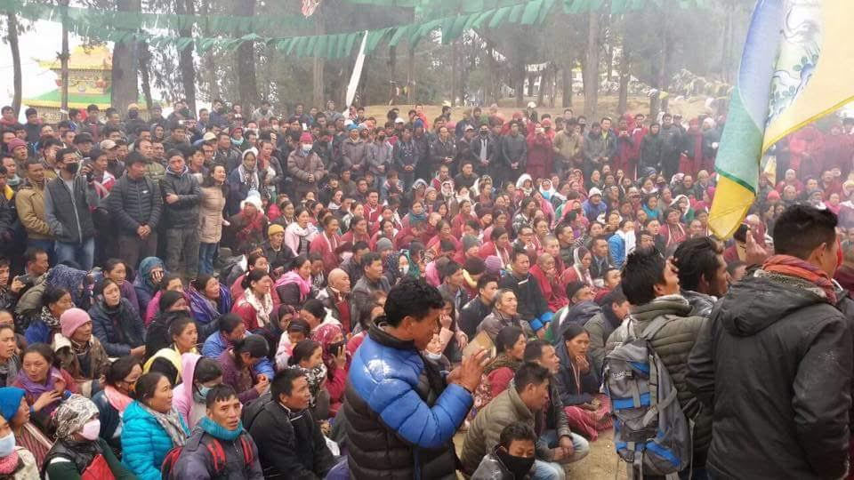 The crowd at the Frbruary 14 meeting called by the deputy commissioner in Tawang. Courtesy: SMRF