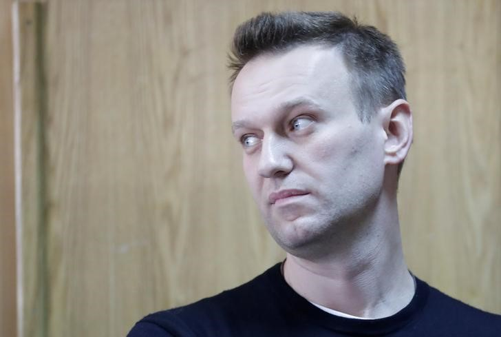 Court endorses sentence for Putin's foe