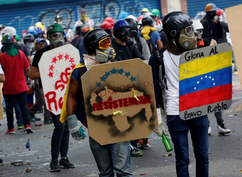 Venezuela: Opposition Boycotts Meeting on Maduro Assembly