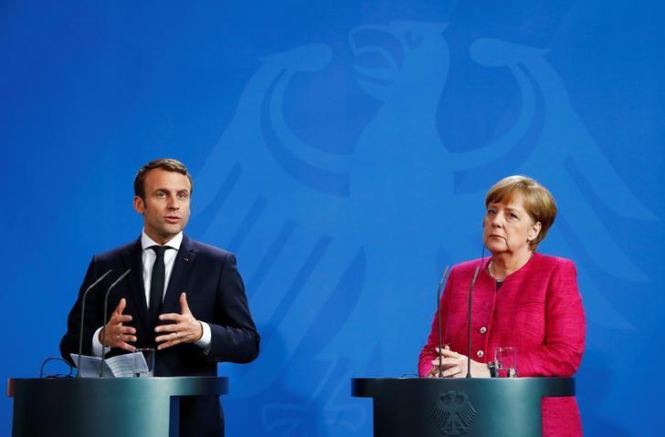 Macron and Merkel Discuss Deeper EU Integration Post Brexit