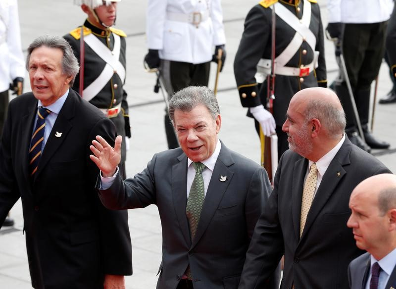 Colombia, FARC Extend Weapon Hand-In Deadline for Guerrilla Fighters