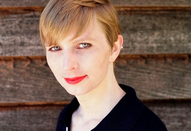 Transgender Whistleblower Chelsea Manning Shares First Picture of Herself Since Release