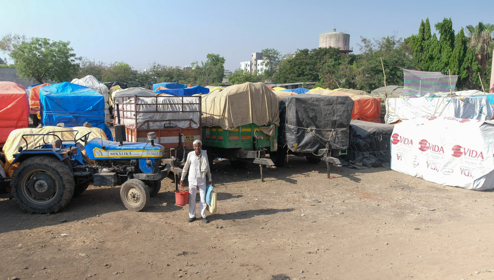 Middlemen or Service Providers: What Role Do Arhtiyas Play in Market Yards?