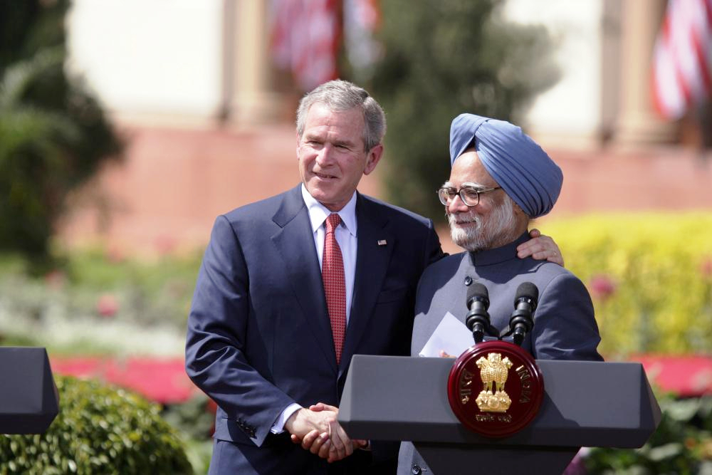 George W. Bush and Manmohan Singh, 2006, when they sighed the India-US Civil Nuclear Agreement. Credit: Wikimedia Commons