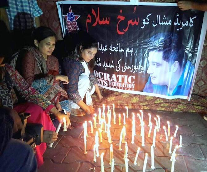 A protest in Karachi over the lynching of Mashal Khan. Credit: Abida Ali/IPS