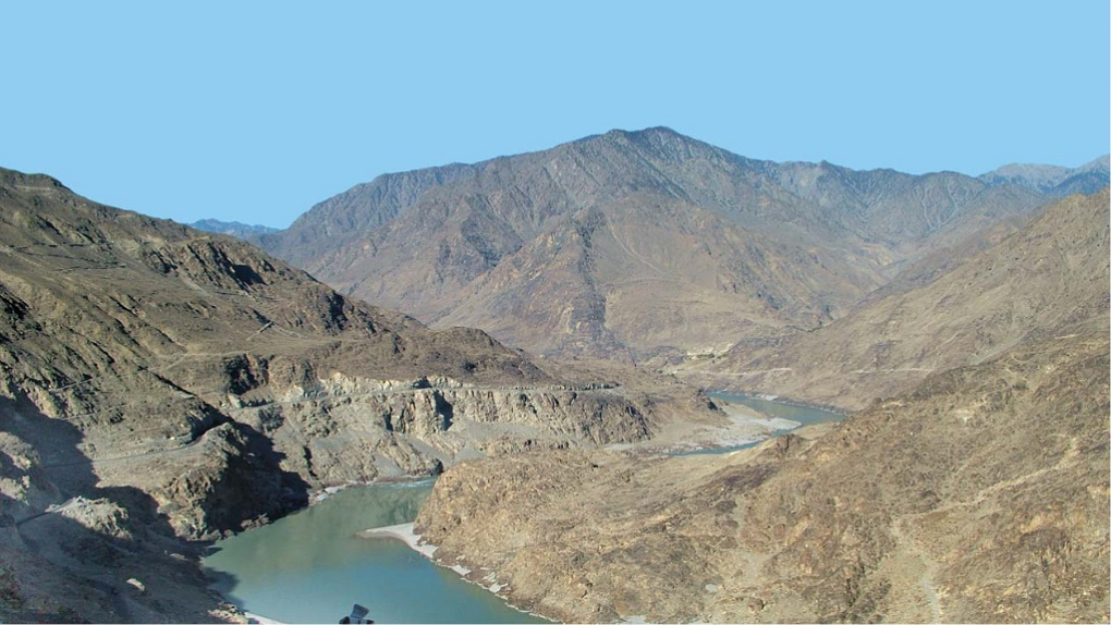 Going Ahead With the Indus Cascade Will Be a Himalayan Blunder